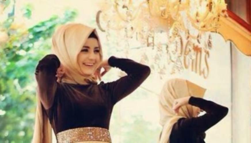 Tips Memakai Hijab Tumpang untuk Pesta