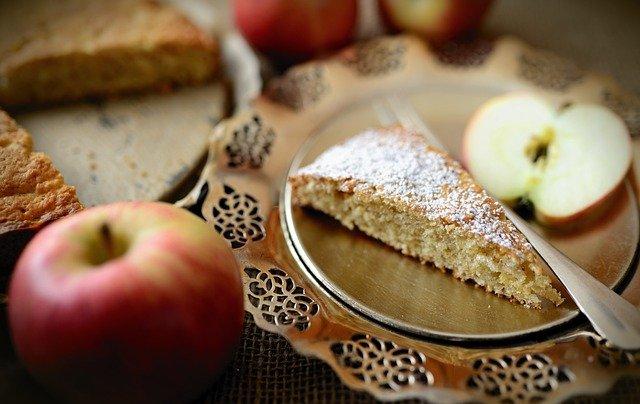 Apple Pie Dessert Food Pastry  - congerdesign / Pixabay